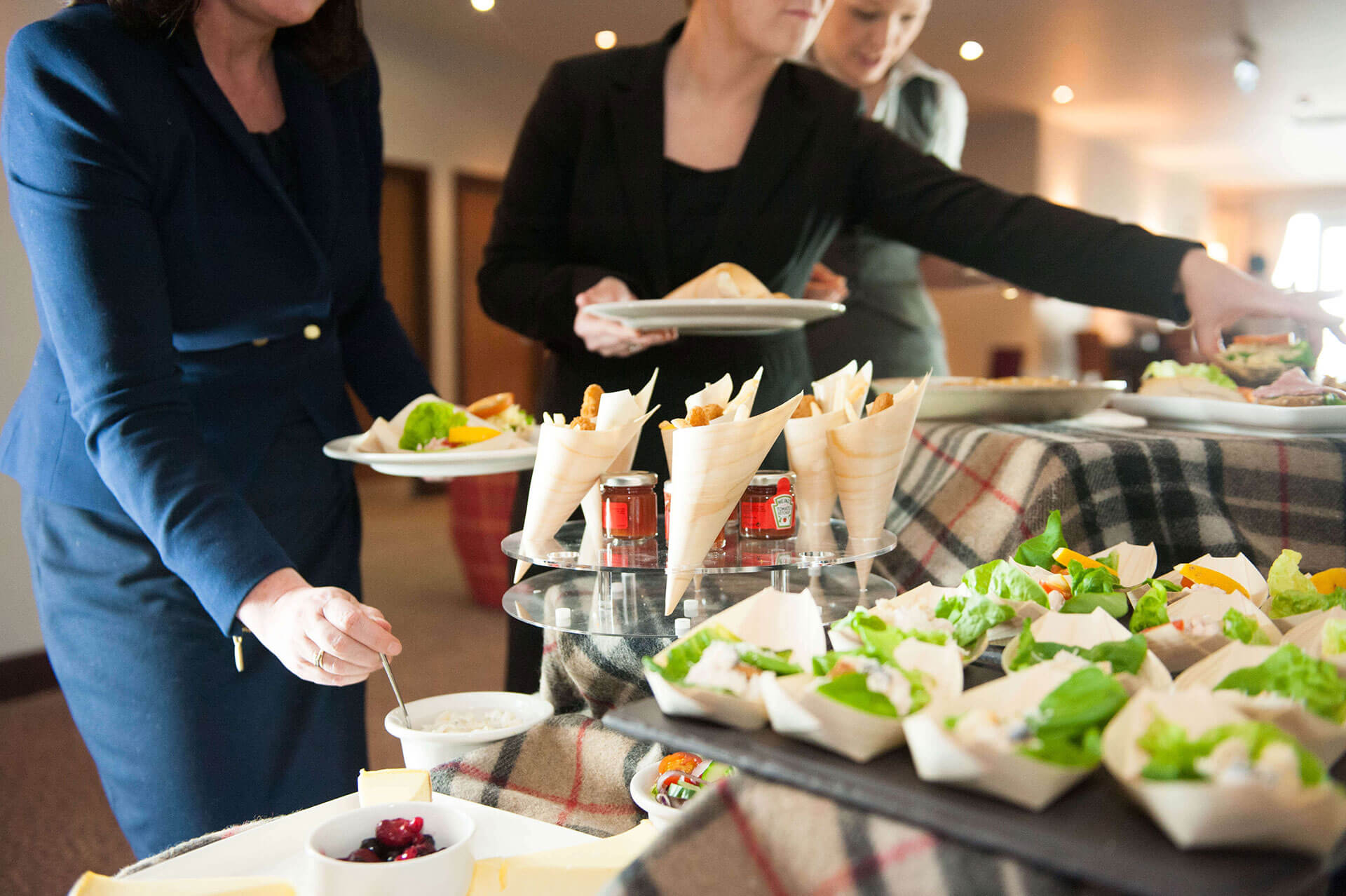 en booking business and meetings restaurant catering